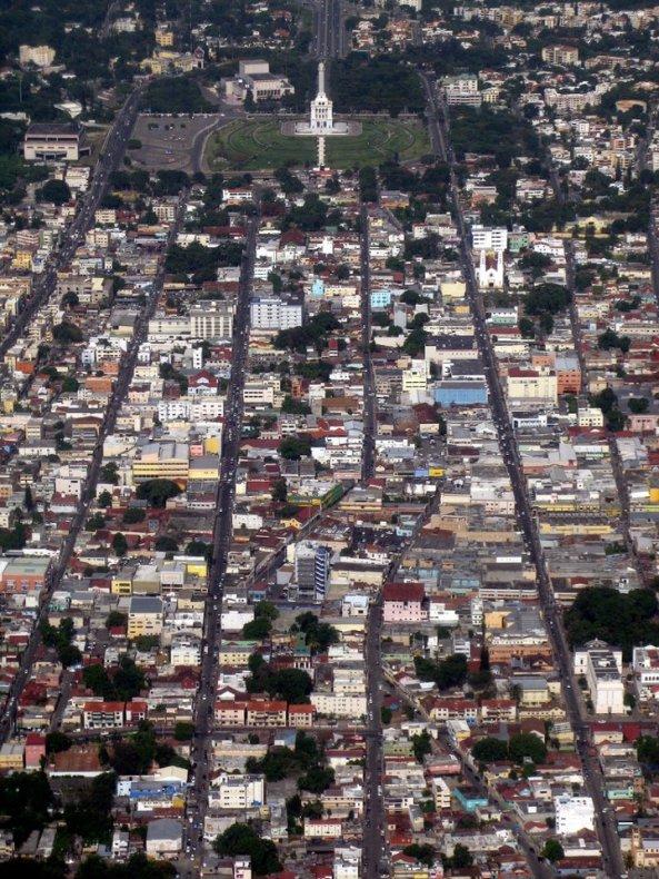 En los últimos 10 años, el crecimiento vertical de la ciudad la ha transformado en una metrópoli.