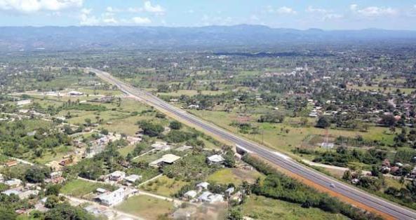 Vista aérea de la avenida Circunvalación Norte, que será inaugurada por el gobierno el lunes.