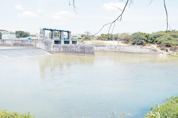 Resultado de imagen para fotos del rio yaque desbordandose