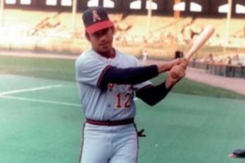 Winston Llenas defendió la primera base.