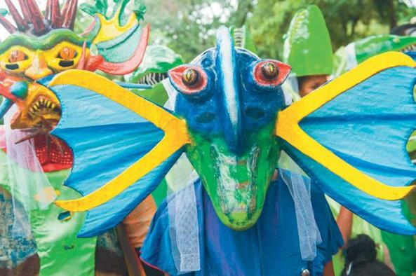 El tema marítimo es el eje principal para que surjan las ideas de los trajes en Río San Juan.